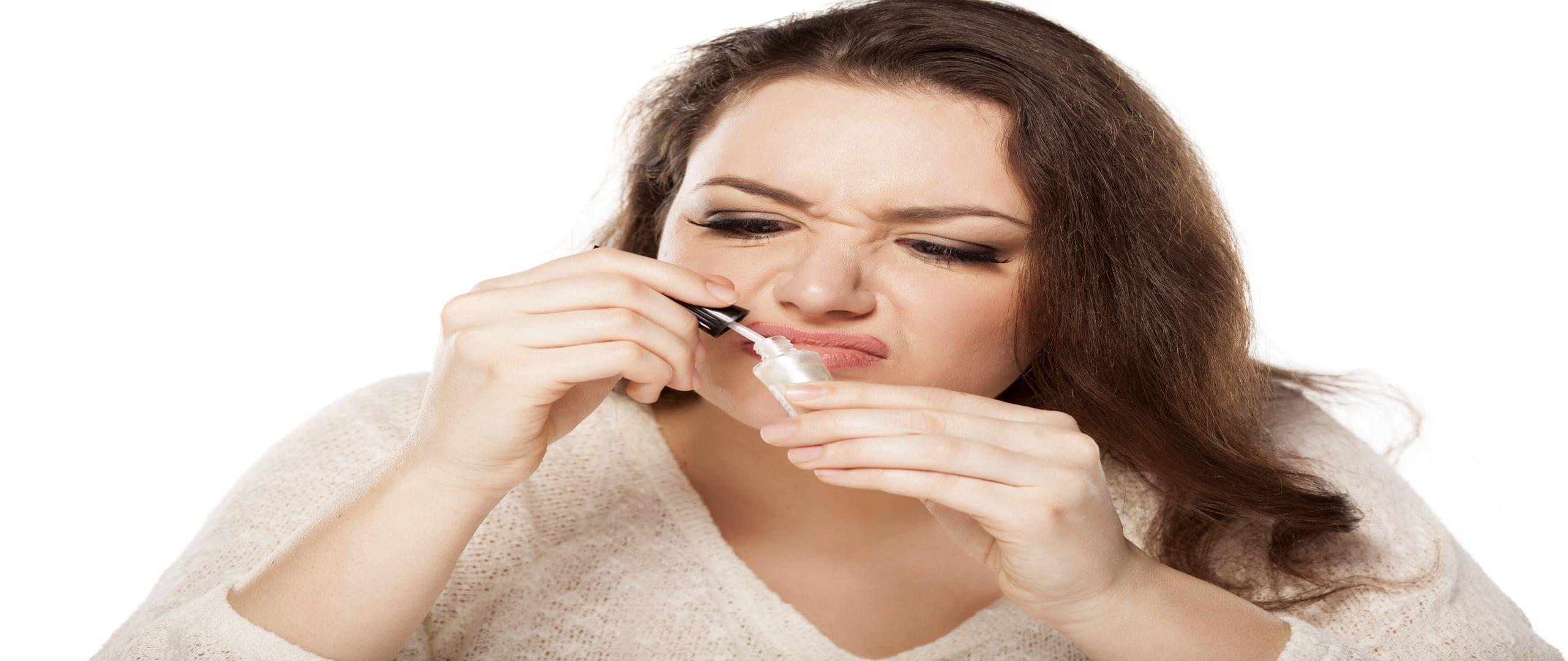 bad nail pollish smell